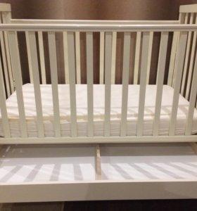 Детская кроватка Feretti