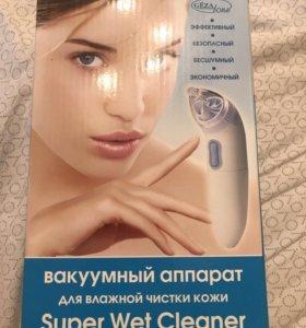 Вакуумный аппарат для влажной чистки кожи Cezatone
