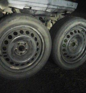 Продам комплект колёс с дисками!