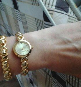 Комплект часы + браслет. 900 руб.