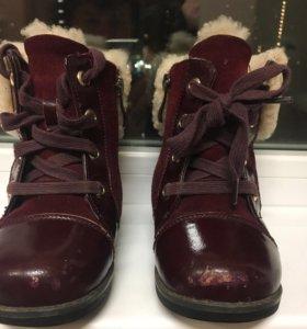 Ботинки, мех натуральный.