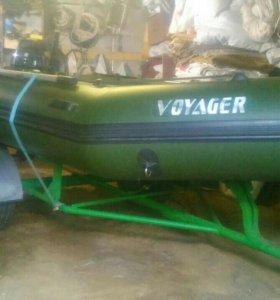 Лодка Voyager