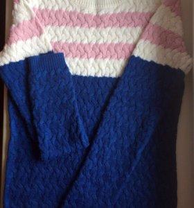 Вязанный свитер,кофта
