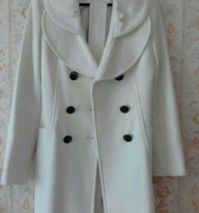 Пальто осень-весна.