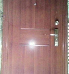 Продам сейф-дверь