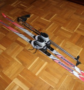 Лыжи Ярвинен,лыж. палки,лыжные ботинки