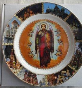 Тарелки с ликами и молитвеные доски разных тематик