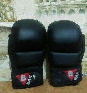 Перчатки(боксерские)