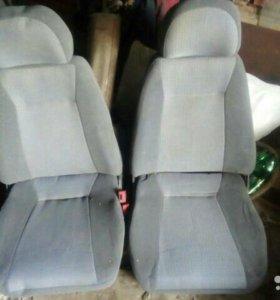 Передние сиденья на ваз 2110-12