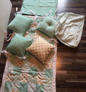 Комплект «мята с золотом» в кроватку + постельное