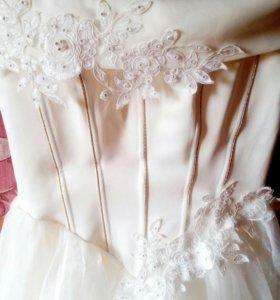 Платье свадебное с фатой и бонусами