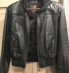 Куртка кожаная 42