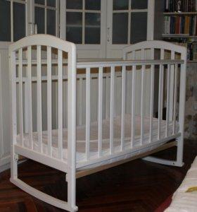 Кроватка детская Алита маятник