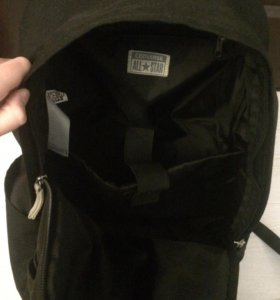 Чёрный рюкзак Converse