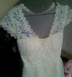 Нарядное платье, р-р 40-42