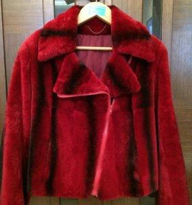 Курточка-косуха из меха кролика рекс.