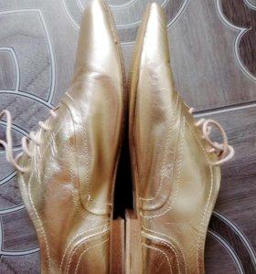 Золотые ботиночки GORTZ SHOES
