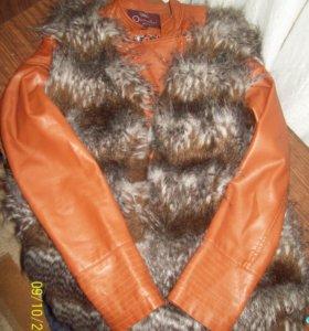 Куртка+ меховая ( не натур)жилетка