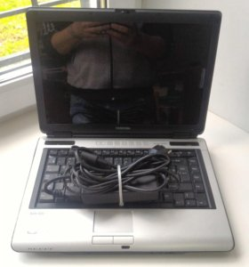 Ноутбук Toshiba Satellite M100-179.