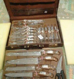 Набор кухонных ножей,в кейсе.