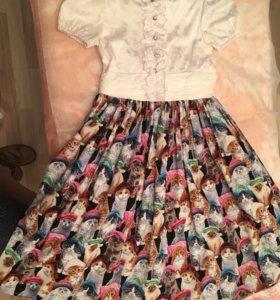 Красивое платье с кошечками!
