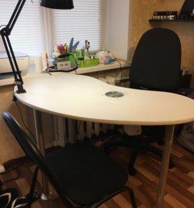 Маникюрный стол с встроенной вытяжкой
