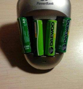 Зарядка для аккумуляторов, в хорошем состоянии!