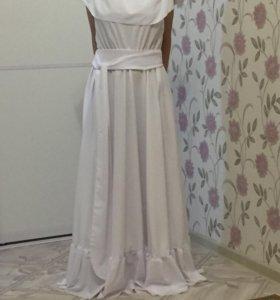 Продам платье( брала на второй день свадьбы)