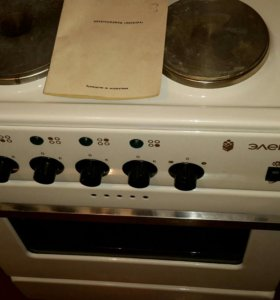 Электролита новая, духовка с грилью.