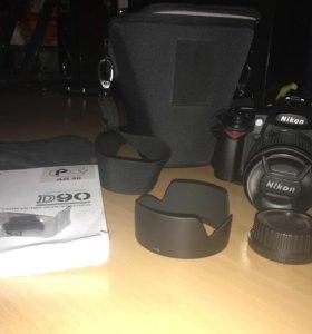 Продам зеркальный фотик Nikon D90