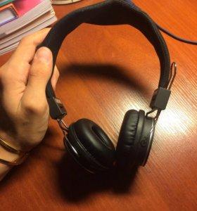 Наушники,Bluetooth