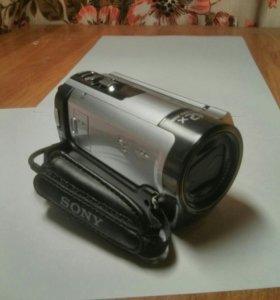 Видеокамера Sony HDR-CX130E