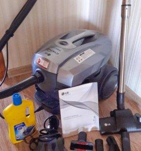 Моющий пылесос LG