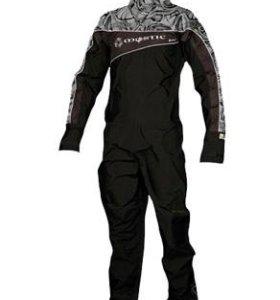 Новый сухой гидрокостюм Mystic, гидрообувь, шлемы