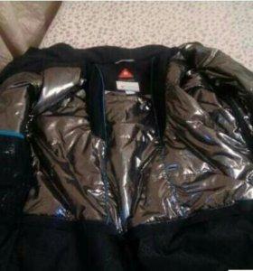 Куртка Columbia спортивная.
