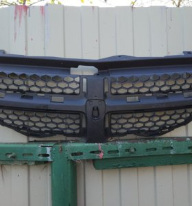 Решетка радиатора Dodge Neon 2