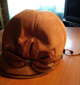 Шляпка зимняя замшевая