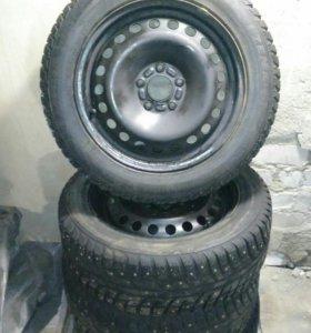 Зимние шины Kumho I'Zen на штампах R16