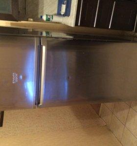 Продается холодильник Hotpoint ariston