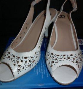 Туфли-босоножки свадебные