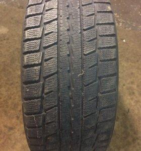 R17 215/50 Dunlop Graspic DS2