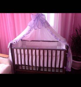 Детская кровать маятник с матрасом ,цвет венге.