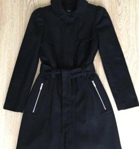 Пальто демисезонное шерстяное р.S (цвет черный)
