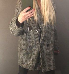 Испанский бренд: ZARA пальто oversize, объёмное