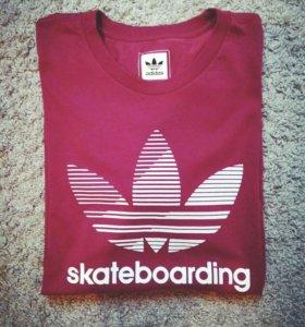 Новая футболка Adidas skateboarding