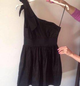 Платье чёрное новое размер М
