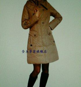 Пальто-пуховик женский.