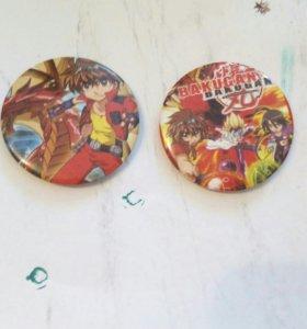"""Значки """"Bakugan"""" и обычные значки."""