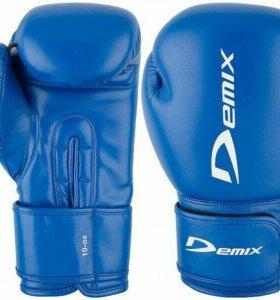 Боксерские перчатки б/у