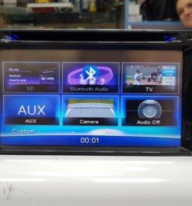 Магнитофон CLARION NX702W 2013 год